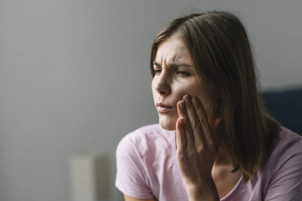 What is the best painkiller for toothache?